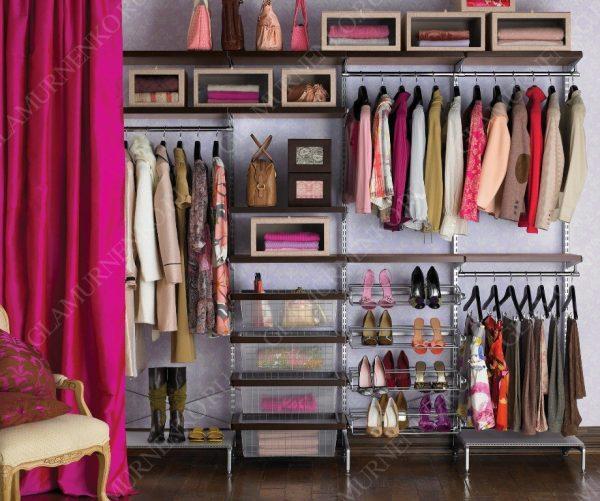 организованный базовый гардероб